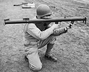300px-Soldier_with_Bazooka_M1.