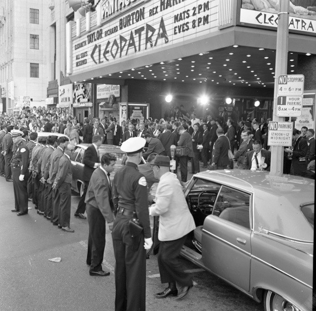 "Los-Angeles-premiere-of-""Cleopatra""-at-the-Hollywood-Pantages-Theater-on-Hollywood-Blvd-summer...jpg"