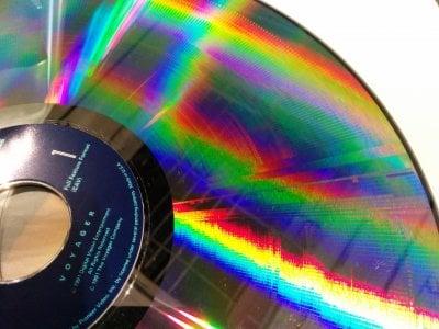 2560px-Laserdisc_CAV.jpg