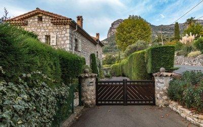 MK54442_John_Robie's_house_in_Saint-Jeannet.jpg