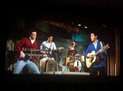 Elvis Spinout (3).jpg