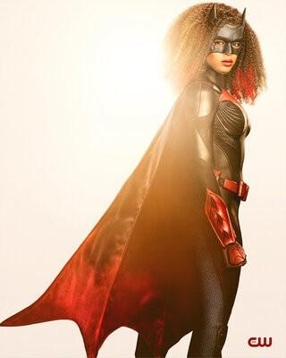 Batwoman_S02_002.jpg