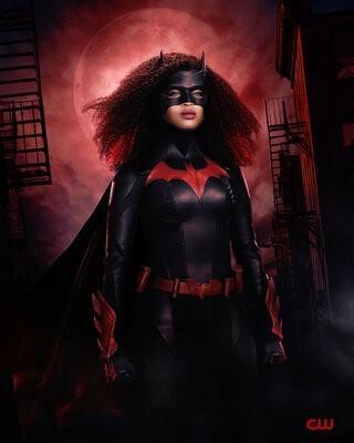 Batwoman_S02_003.jpg