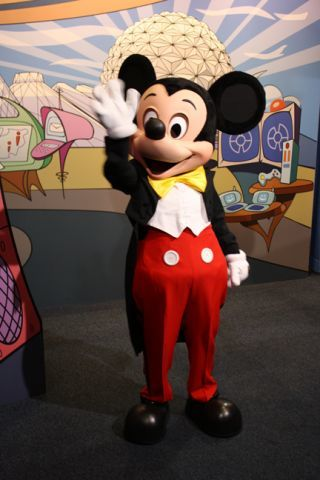Mickey Waving