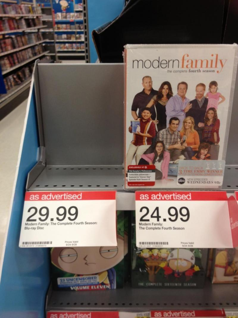 Modern Family Season 4 Shelf .JPG