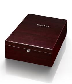 Headphone-PM-1-WoodBox.png