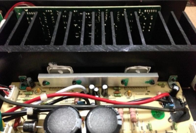 Amp-100_02.jpg